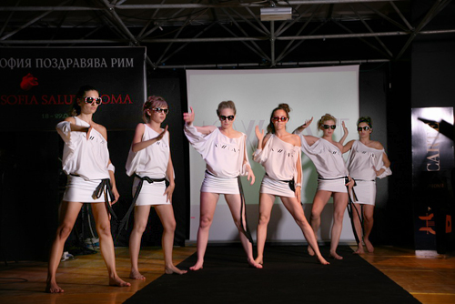Bulgarian fashion in Rome: elegant provocation and perfect style