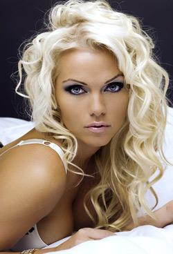 sexy blonde tv2 vejrpige