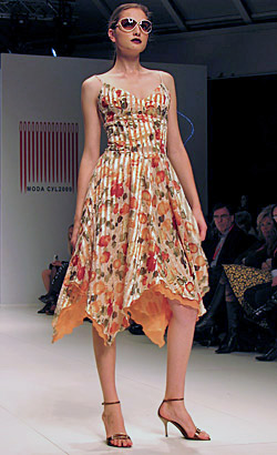 Esther Noriega showed her new Spring-Summer 2010 collection in Castilla y Leon fashion week