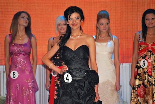 Miss Bulgaria Universe 2009 Elitsa Lyubenova