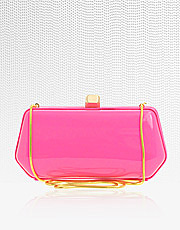 Handbag trends for the new season