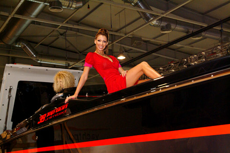 Iren Onteva and other top models on a yacht show!
