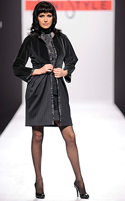 "Fashion house ""Jeni style"" presented Fall/Winter 2010/2011 collection ""Renaissance Winter"