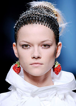 Hair accessories trends for Spring-Summer 2010