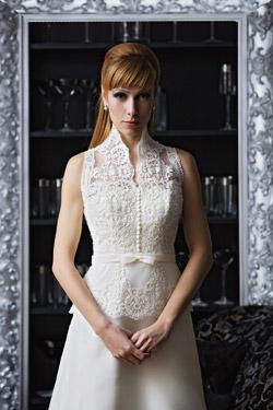 свадебное платье с цветным поясом