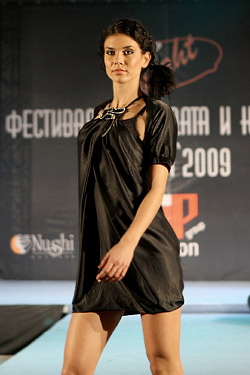 Fashion agency VIP Fashion Group sent 2009 with impressive fashion show