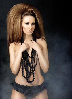 Жасмина Тошкова е лице на Вечери на модата 2010