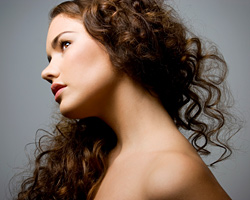 The messy, curly hair – hit for Summer 2010