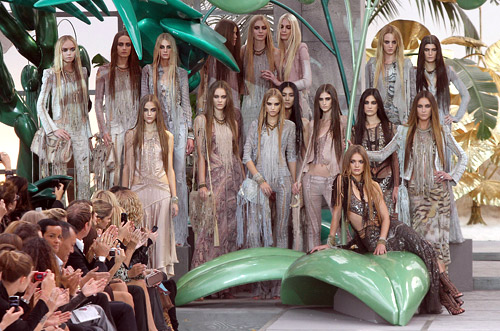 Roberto Cavalli's Jungle Collection conquer Milan