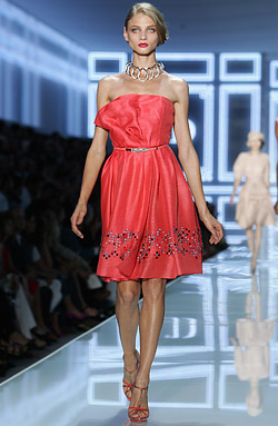 Christian Dior back on top at Paris fashion week with collection Spring-Summer 2012