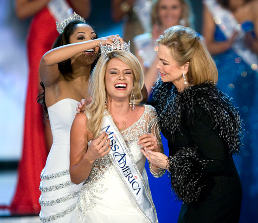 Teresa Scanlan from Nebraska was crowned as Miss America 2011