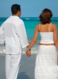 Любовта с по – млад мъж или жена