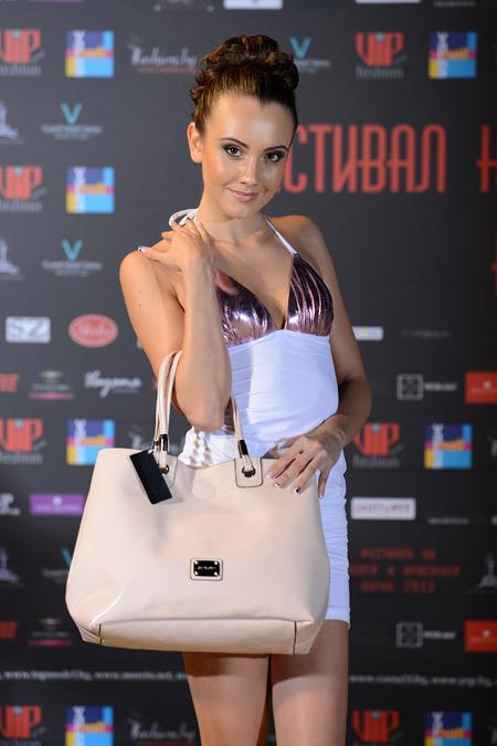 Фестивал на модата и красотата 2013 представи Sara Pen
