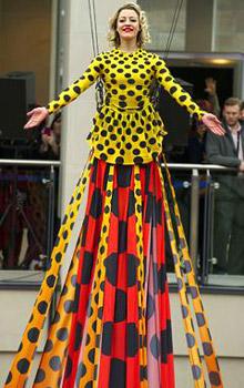 Dress, splendor, beauty and voila - a record
