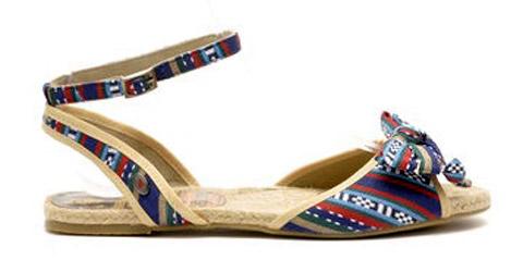 Модни тенденции при сандалите за лято 2013