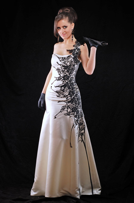 TERRY'S prom dresses - tenderness, femininity and style